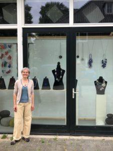 expositie kunst achter glas charlotte molenaar